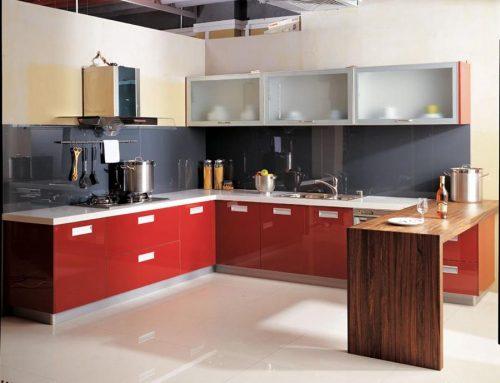 Οργανώσετε σωστά τα έπιπλα της κουζίνας σας.